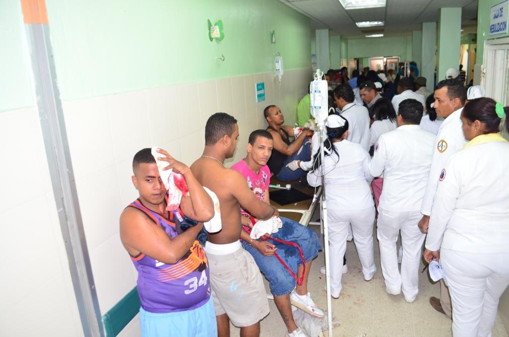 Seis heridos en motín en Fortaleza Duarte de SFM