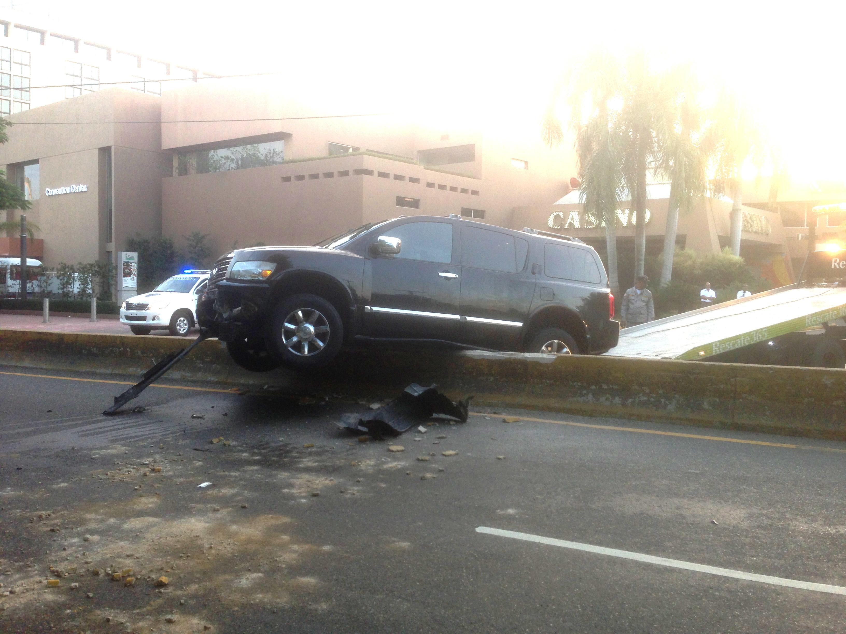 Joven se accidenta mientras salía del Hotel Barceló, antiguo Lina