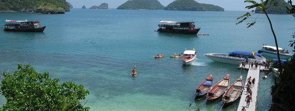 Equipo vietnamita halla grandes manchas de aceite en Golfo de Tailandia
