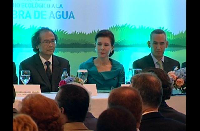 Sur Futuro crea premio para promover uso racional del agua en el país