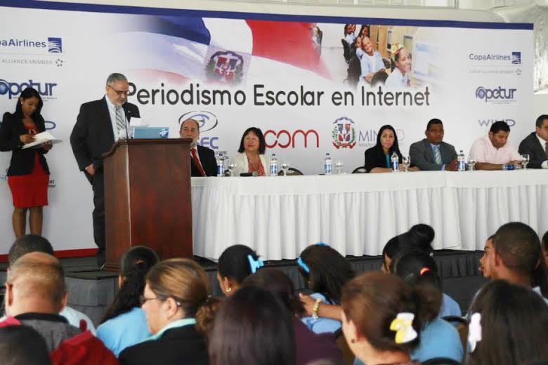 Destacan importancia del periodismo escolar en Internet
