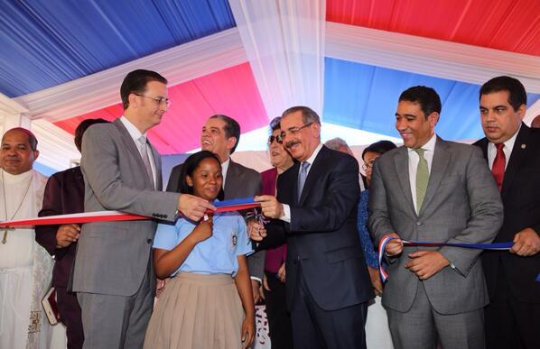 Danilo Medina inaugura siete escuelas en Puerto Plata
