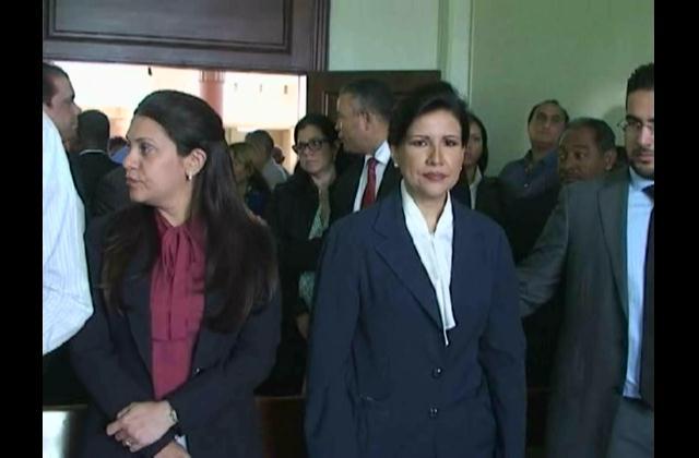 Margarita Cedeño advierte periodista tendrá que defenderse como hombre
