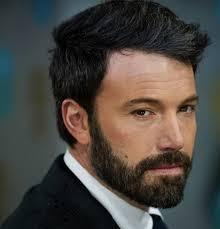 El implante de barba hace furor en Nueva York