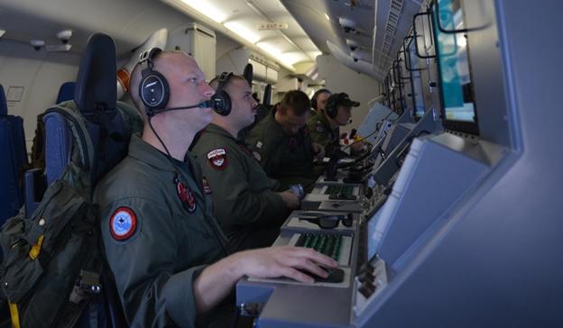 EE.UU lleva gastados 2,5 millones de dólares en búsqueda del avión malasio