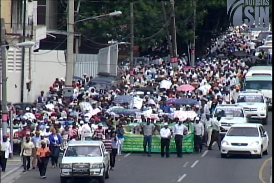 Cañeros marcharán este martes en apoyo a exembajador haitiano