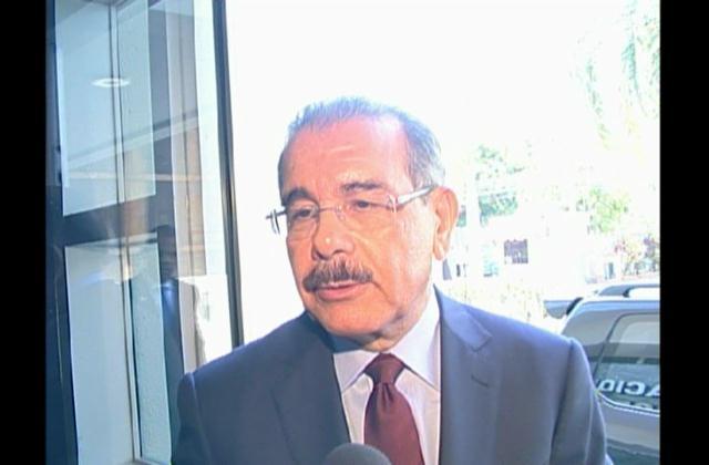 Presidente Medina inicia consulta sobre sentencia TC