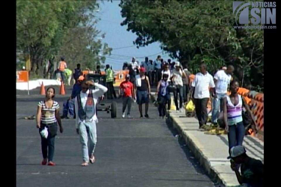 Anuncio de retraso para entrega del puente Haina genera molestia entre residentes de la zona