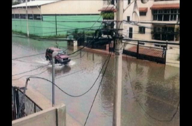 Aún sin arreglo drenaje en el sector Los Prados