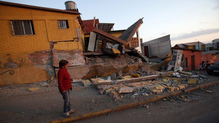 Gobierno chileno inicia reparto masivo de ayuda por terremoto en el norte