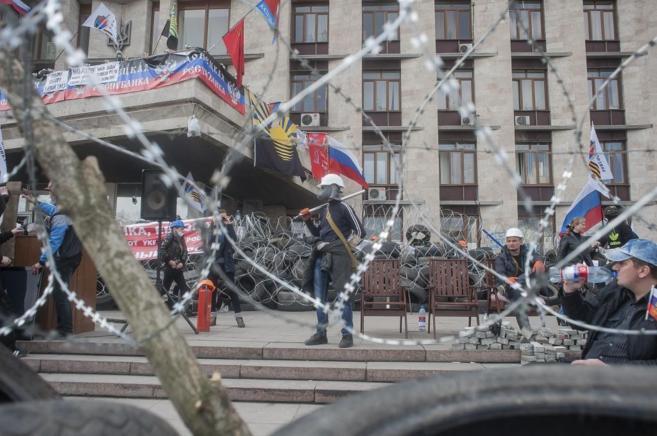 Los prorrusos desoyen el ultimátum de Kiev y toman nuevas sedes oficiales