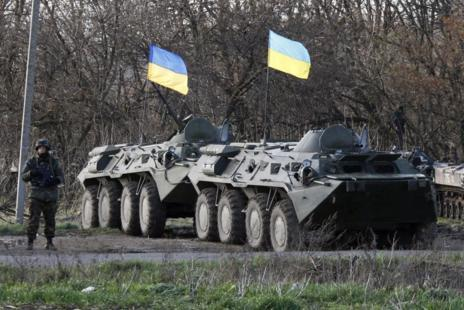 Putin advierte de que Ucrania está al borde de la guerra civil