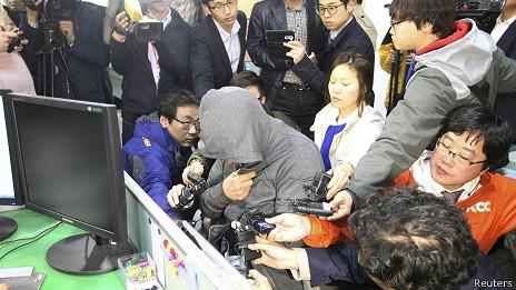 Solicitan orden de arresto del capitán y dos tripulantes del ferry surcoreano