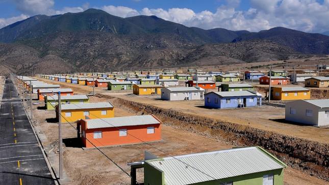 Ministro Administrativo supervisa construcción del Nuevo Boca de Cachón
