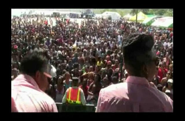 Boca Chica despide la Semana Santa a ritmo de Chiquito Team Band