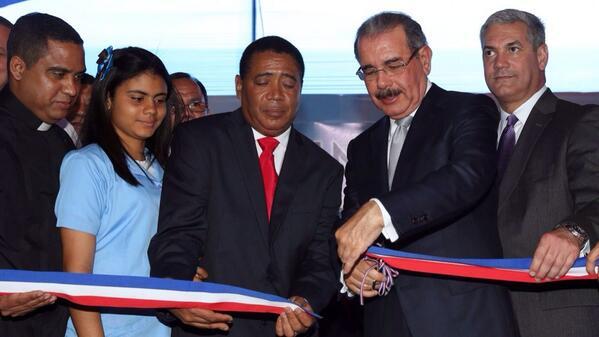 Inauguran seis nuevos planteles en La Vega para Jornada Extendida