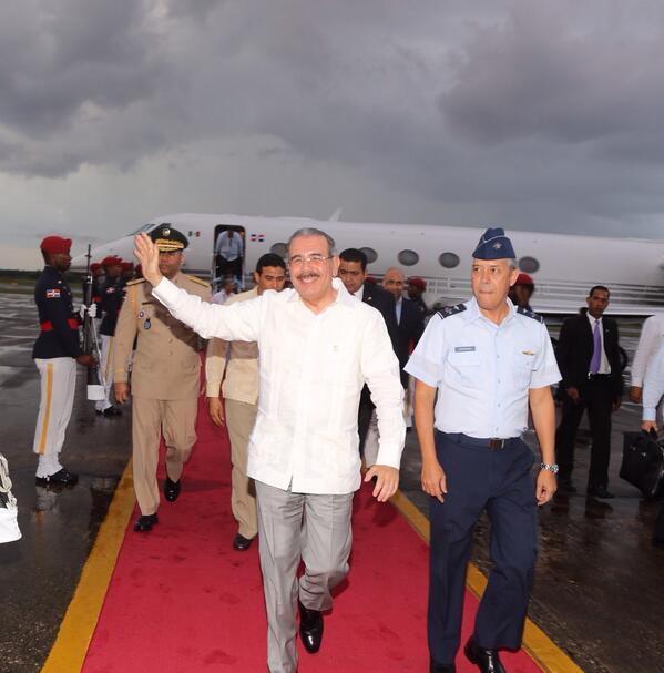 Medina retorna al país tras participar en Cumbre de la Asociación de Estados del Caribe
