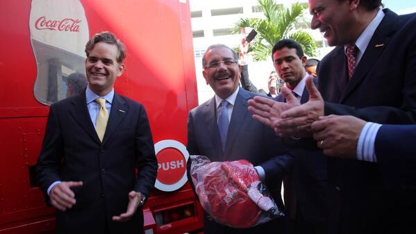 Danilo Medina encabeza inauguración de dos líneas de producción Bepensa Dominicana