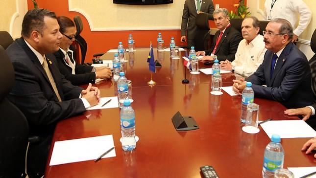 Medina y primer ministro curazoleño se reúnen en Mérida, México