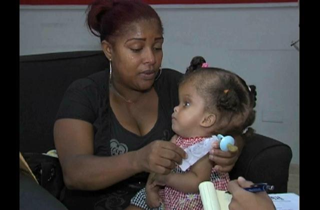 Madre de niña con hidrocefalia solicita ayuda para operación