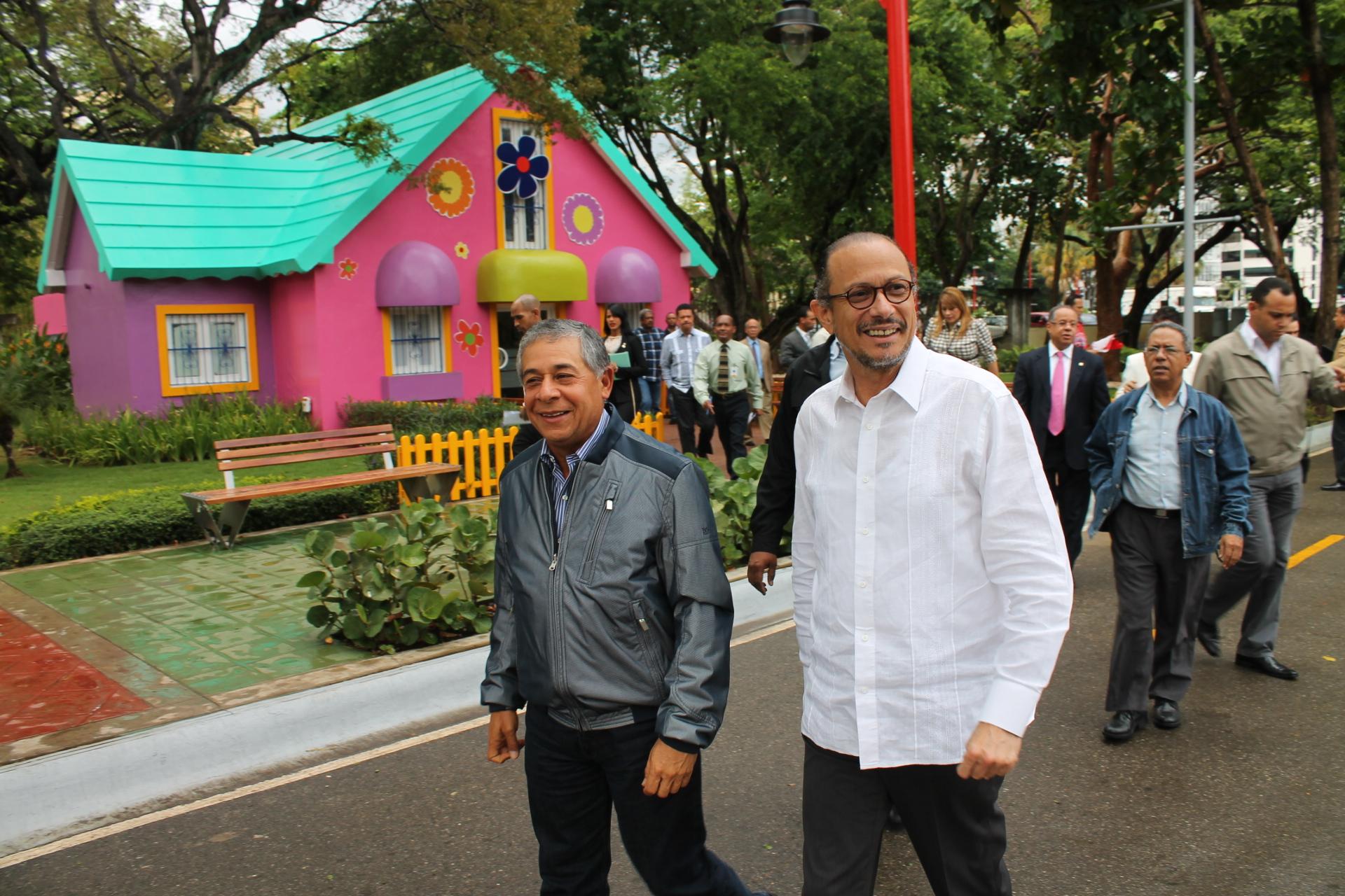 Realizan recorrido Parque Iberoamérica para supervisar trabajos estructurales