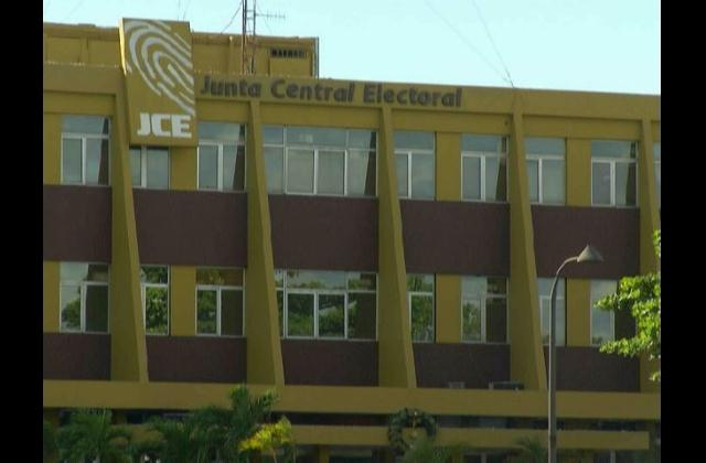 JCE firme en su negativa a ceñirse a Ley de Compras y Contrataciones