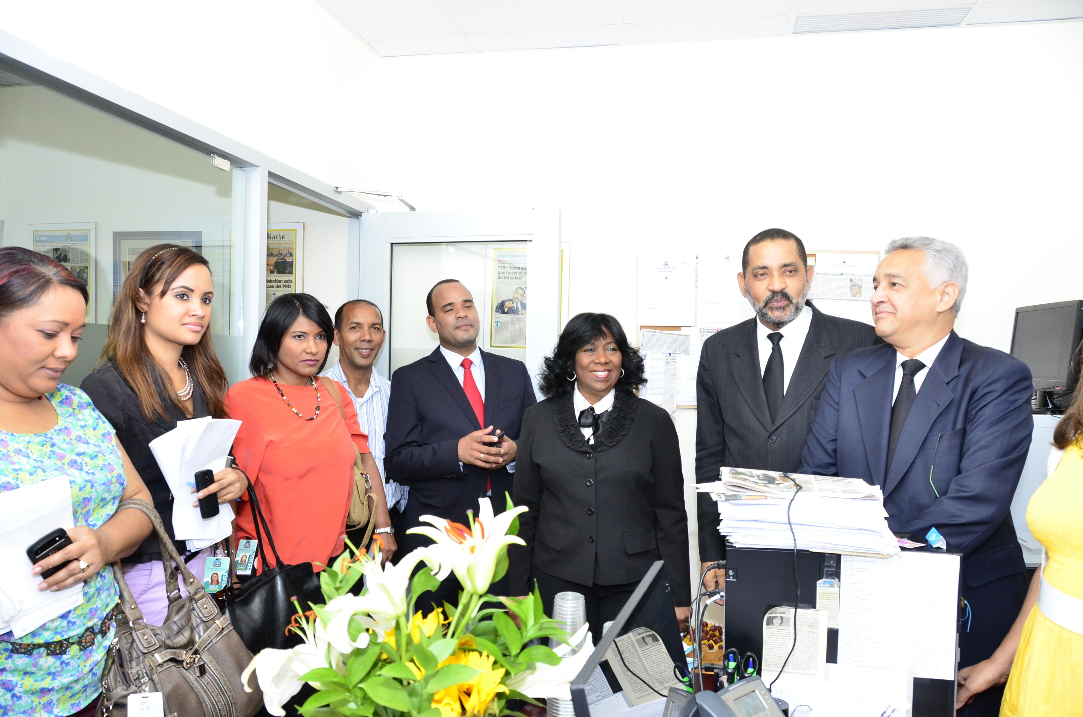 Tribunal Superior Electoral agasaja periodistas