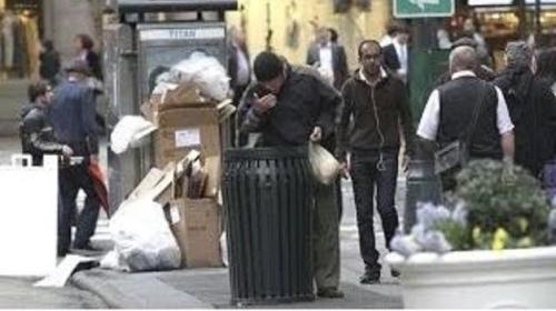 Turista confunde a Richard Gere con un indigente y le da pedazo de pizza