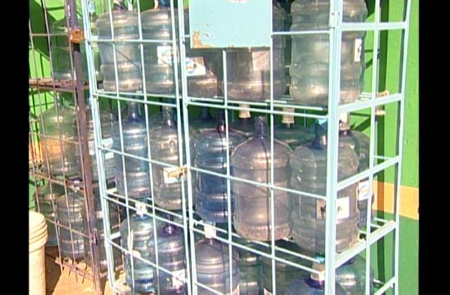 Aumentan el precio de agua purificada y vendida en botellones