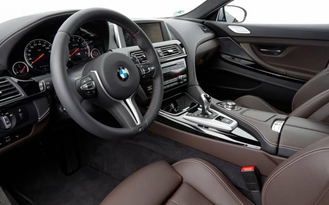 BMW llama a revisión medio millón de automóviles con motor de seis cilindros