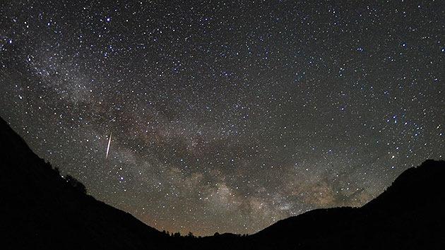 Llega la imprevisible lluvia de estrellas de las Líridas