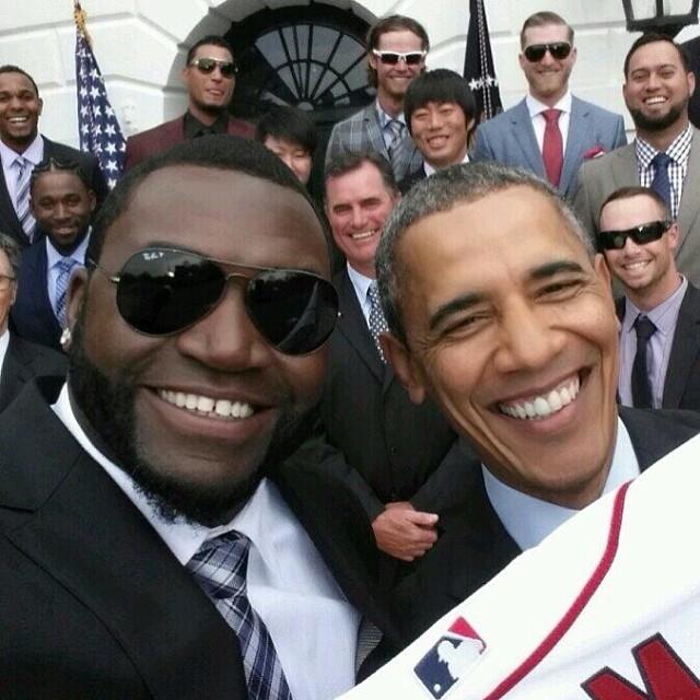 """Casa Blanca critica uso comercial de selfie """"Big Papi"""" y Obama"""