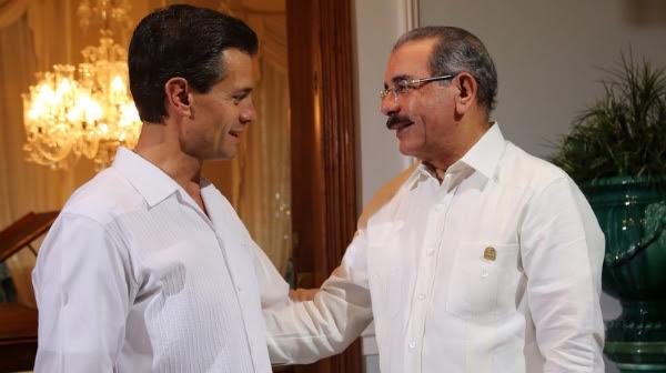 Danilo Medina comparte con líderes caribeños en México