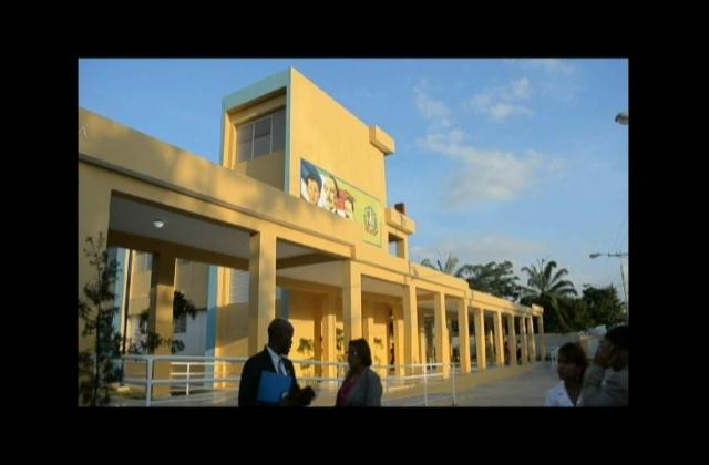 Inauguran cinco escuelas para tanda extendida en El Seibo y Miches