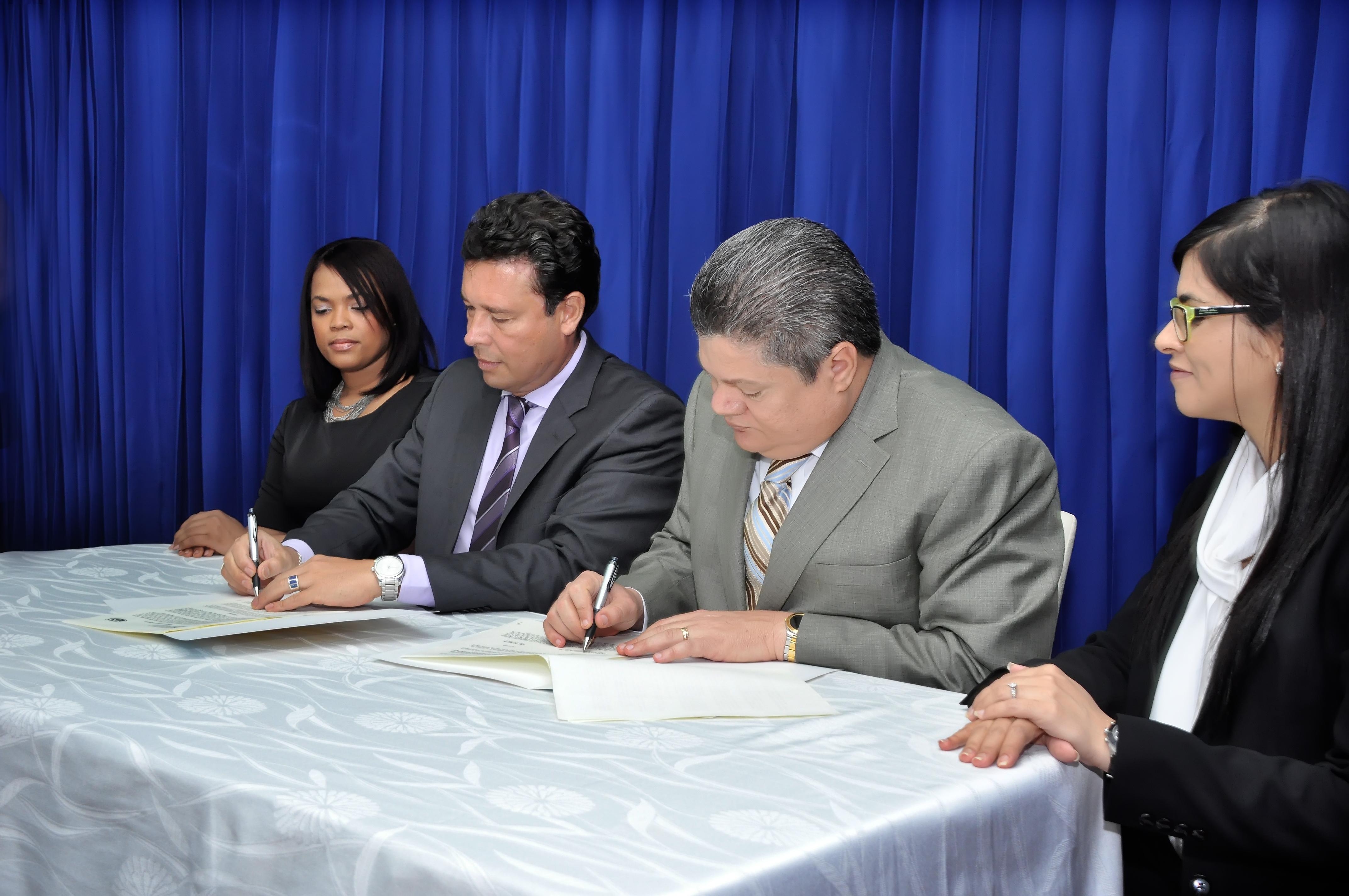 DNCD e IIDH desarrollaran programas de capacitación