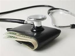 Periodistas piden aumentar presupuesto para resolver los problemas de salud