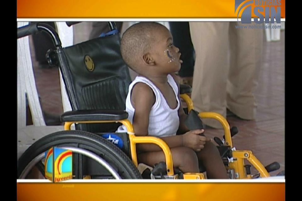 Ofrecen agasajo a niños afectados de leucemia