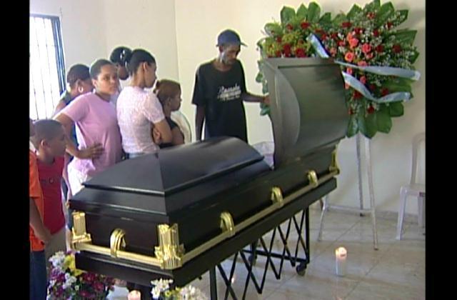 Tres hombres apresados por asesinato de joven en Los Alcarrizos
