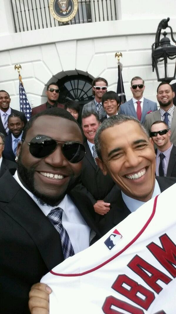 """Selfie del """"Big Papi"""" con Obama se convierte en fenómeno viral en las redes sociales"""