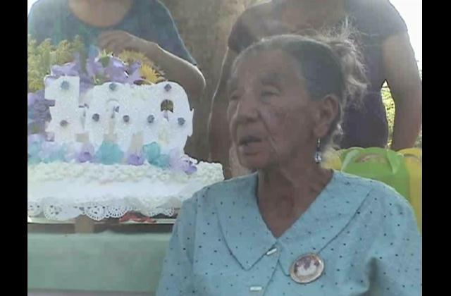 Con acertados consejos sanjuanera celebra cien años
