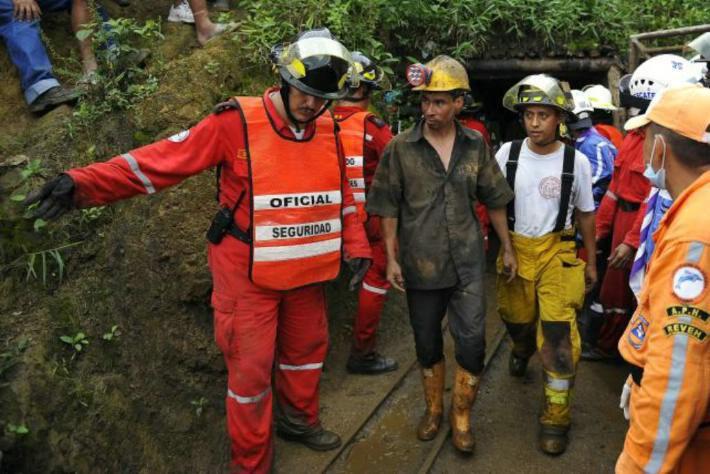 Mueren 22 mineros en explosión de gas en una mina de carbón china