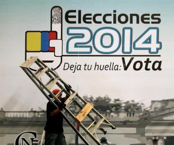 Colegios electorales abren en Colombia