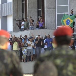 Dispersan con gases a los huelguistas en el metro de Sao Paulo