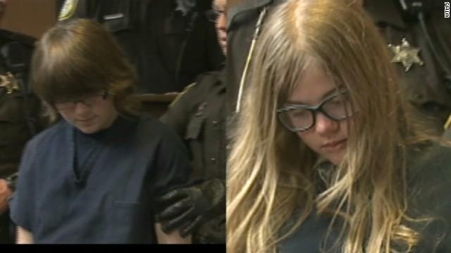 Dos niñas apuñalaron a una amiga 19 veces para