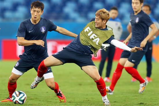 2-1 Estados Unidos se impuso con un gol al principio y otro al final