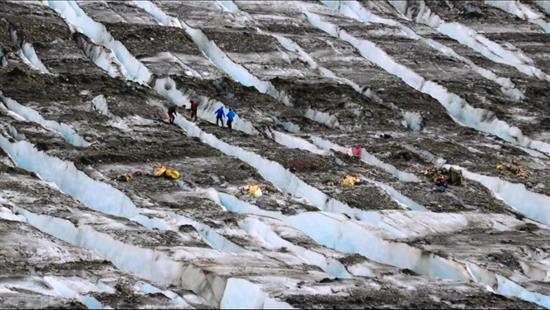 Alerta de tsunami en el Pacífico tras terremoto de magnitud 8 en Alaska