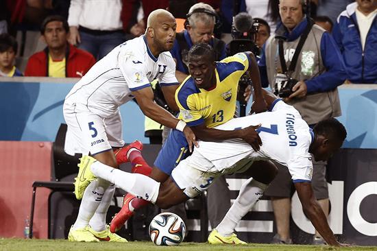 1-2 Enner Valencia sostiene a Ecuador y deja en coma a Honduras