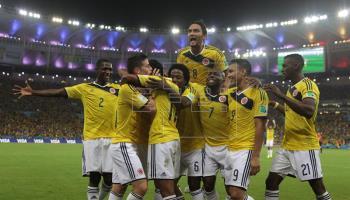 Colombia, a cuartos con 2 goles de James Rodríguez, jugará ante Brasil