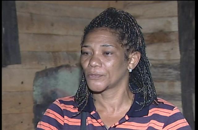 Madre de joven abatido por muerte de Amet dice entregó RD$60 mil a policías
