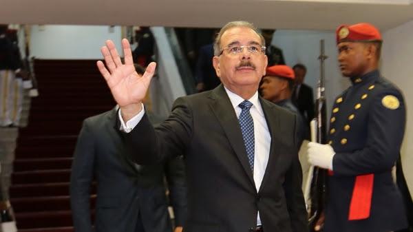 Medina y secretario general OEA se reúnen previo a Cumbre del Sica
